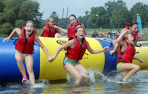 Summer Camps with Ultimate Watersports